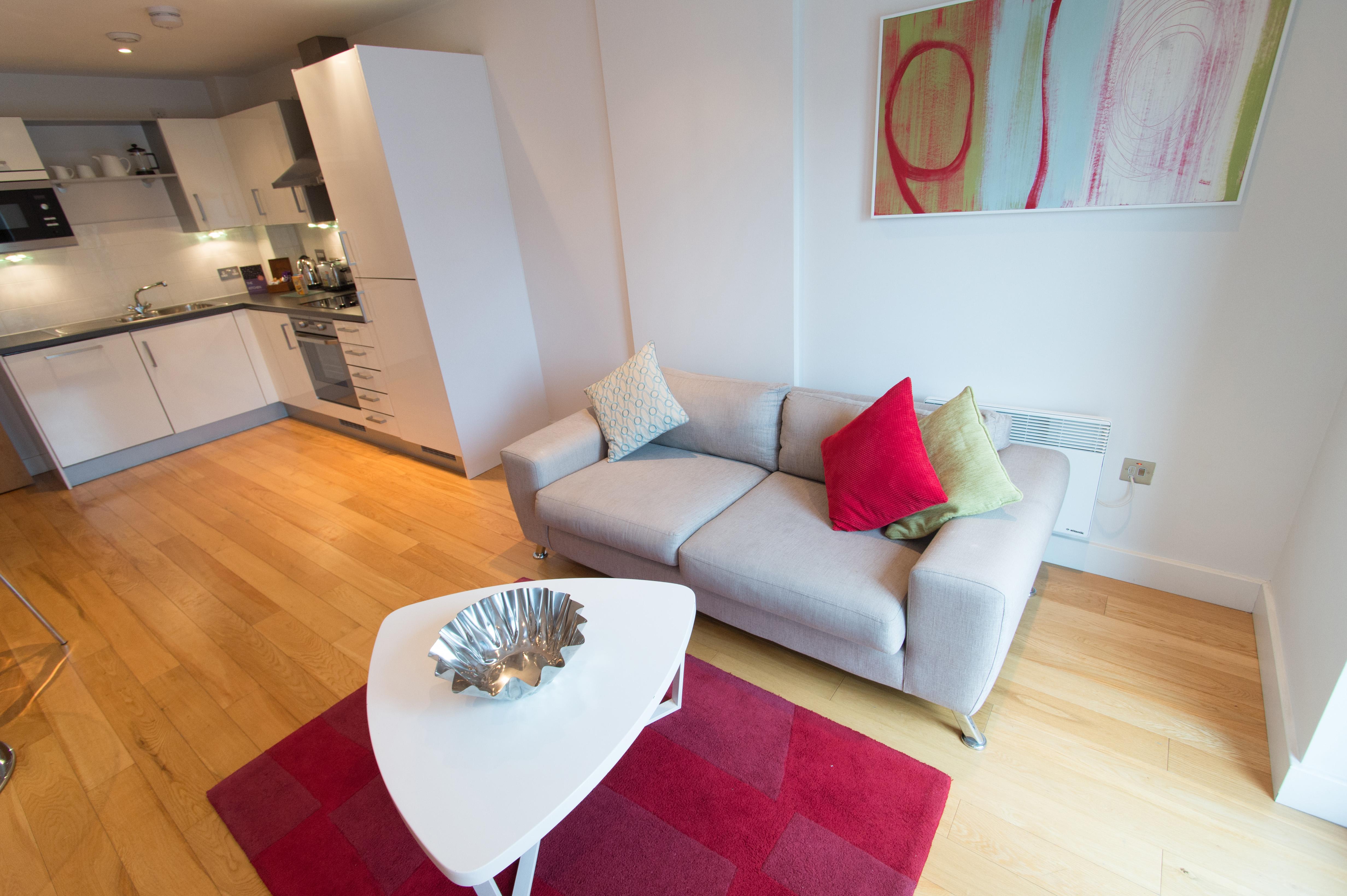 1-bed-living-room-kitchen