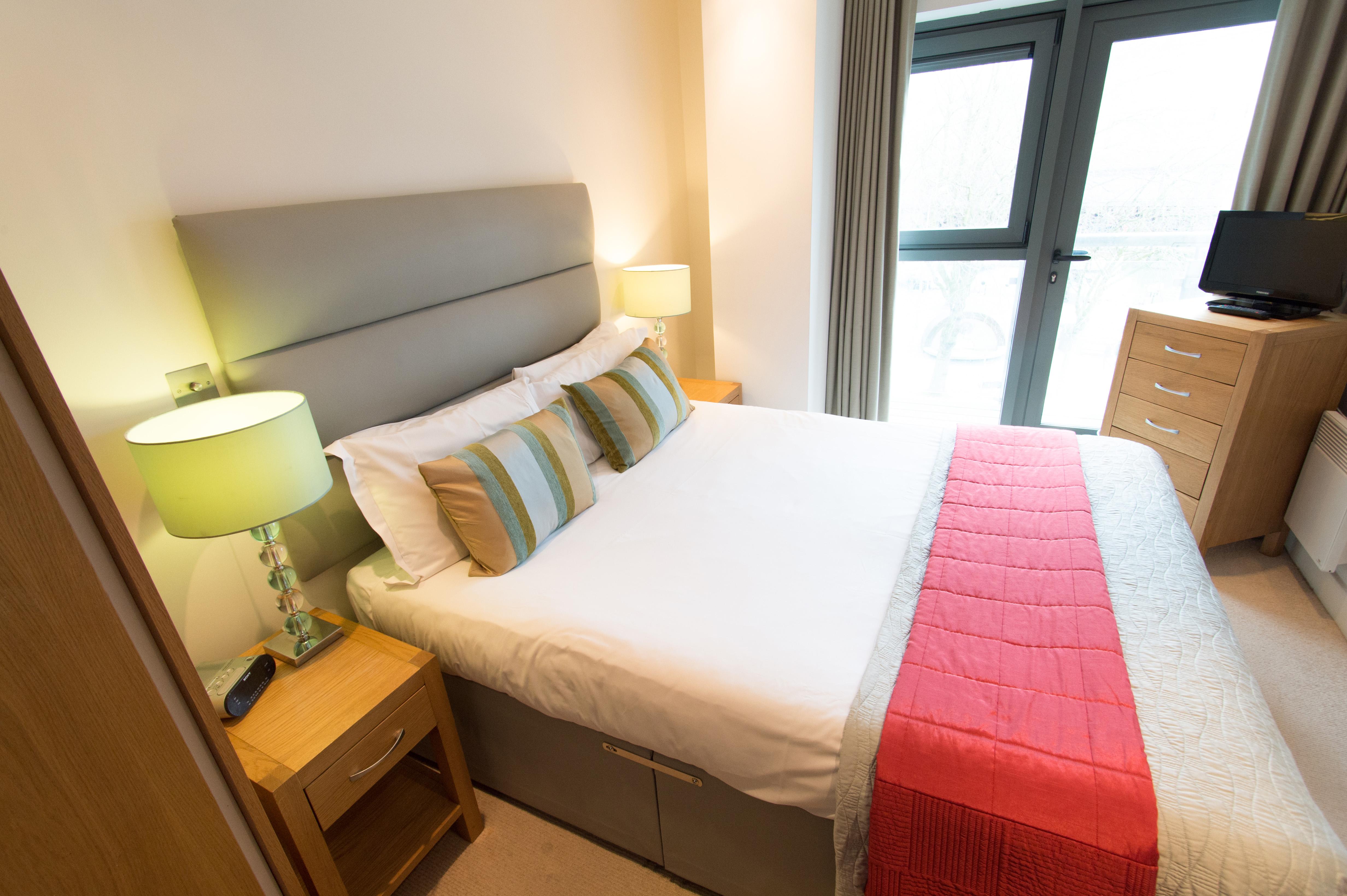 1-bed-sup-bedroom