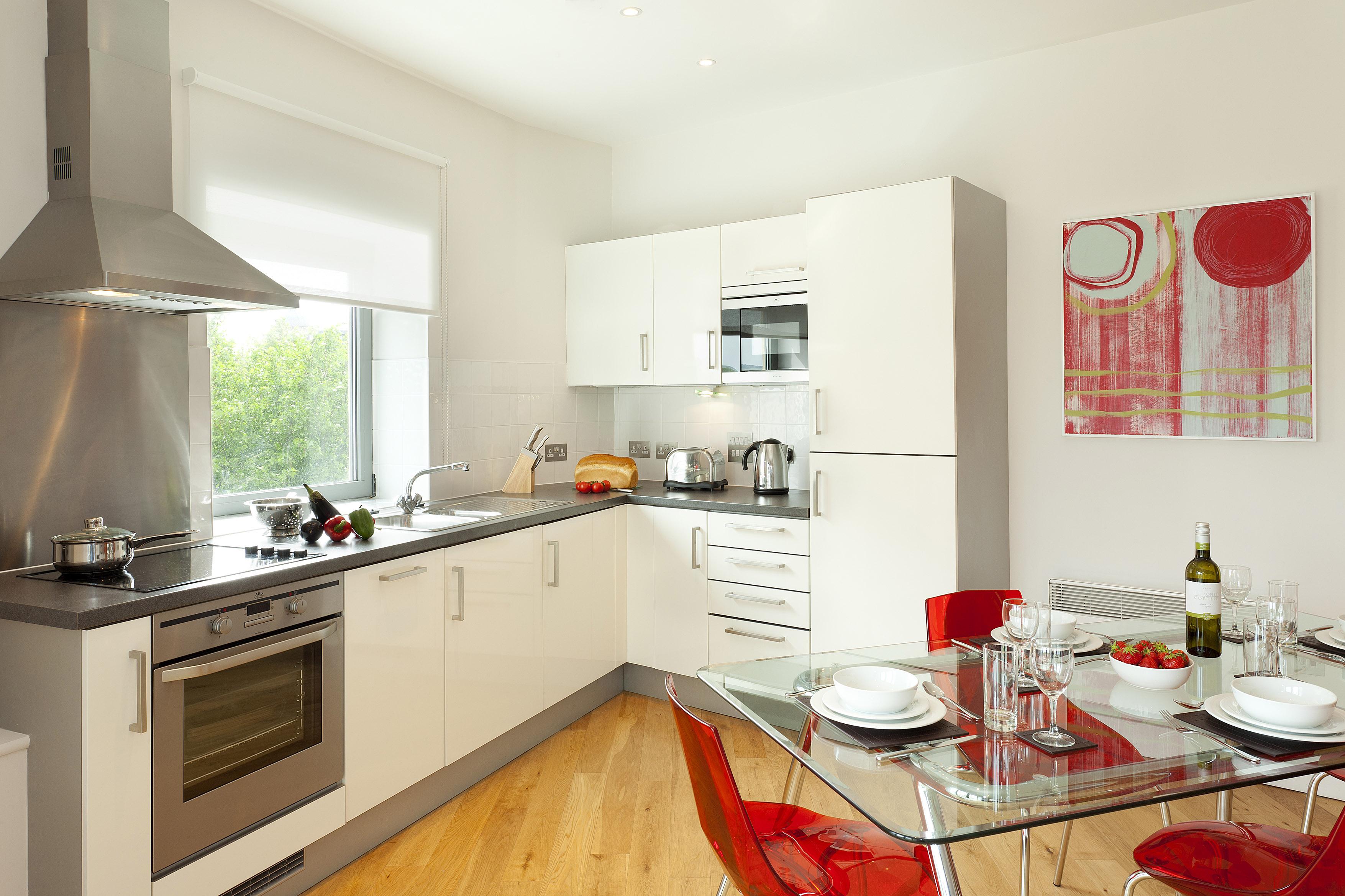 kitchen-dining-apt-35-2-bed-club