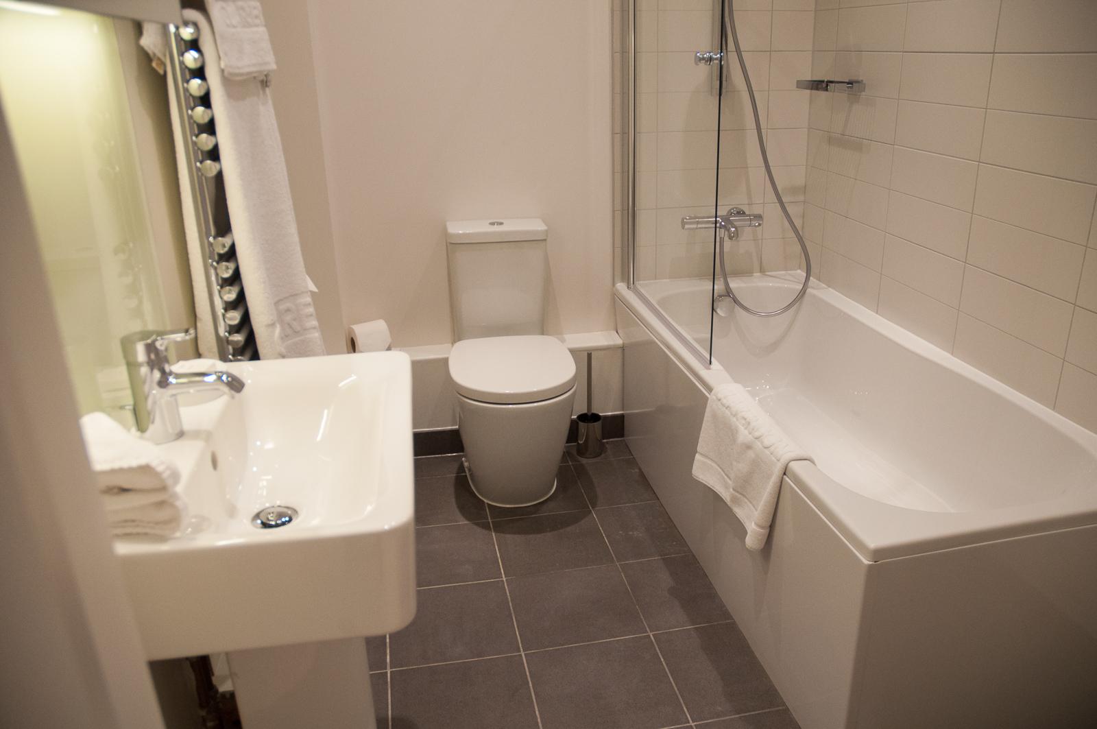 west Street Bathroom