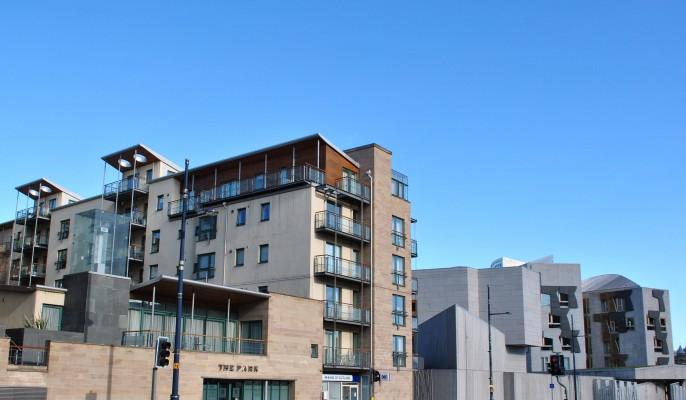 Serviced-Apartments-Edinburgh-Holyrood-5-686x400
